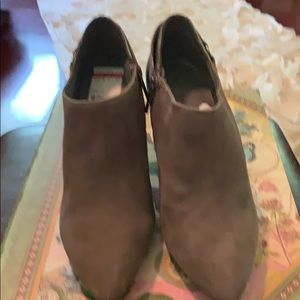 Bandolino ankle boot